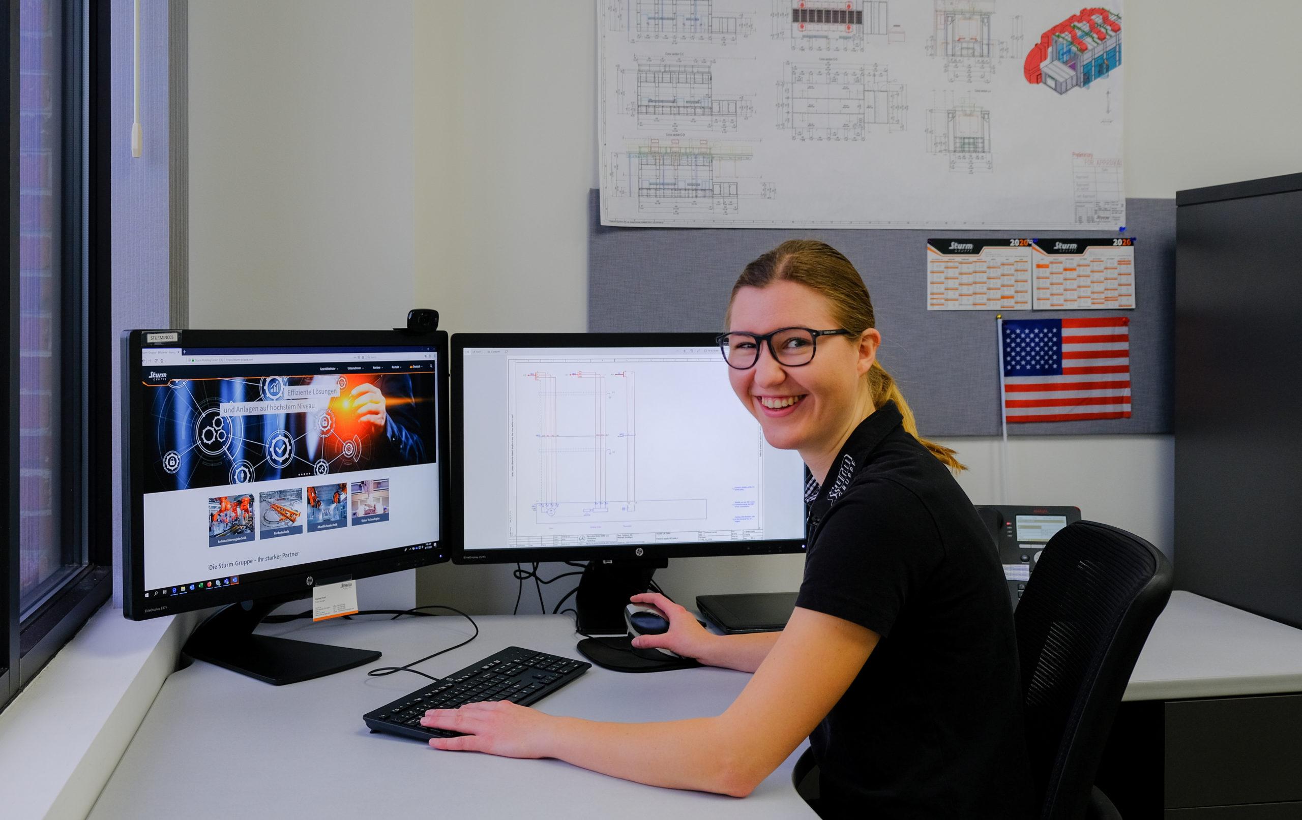 Christina Aigner an Ihrem Arbeitsplatz bei Sturm Inc.