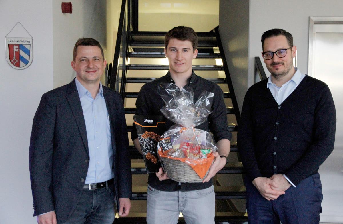 Sebastian Höflinger hat seine Berufsausbildung mit Bestnote abgeschlossen